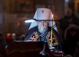 Митрополит Владимир поздравил с началом Великого поста прихожан собора Воздвижения Креста Господня