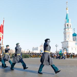 180223 214 Военный Парад Соборная площадь Омск митр. Владимир (Иким) IMG_4024