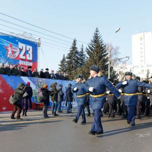 180223 216 Военный Парад Соборная площадь Омск митр. Владимир (Иким) IMG_4042
