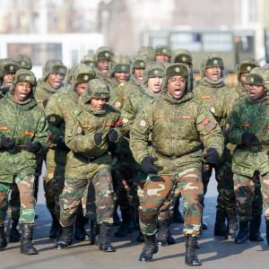 180223 219 Военный Парад Соборная площадь Омск митр. Владимир (Иким) IMG_4099