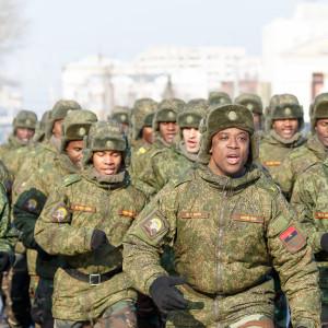 180223 220 Военный Парад Соборная площадь Омск митр. Владимир (Иким) IMG_4107