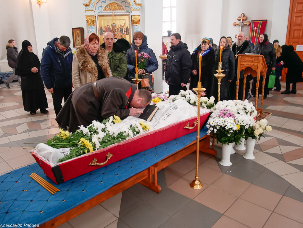180309 008 Чин отпевания и погребение протоиерея Александра Горбунова Ачаир _1200234