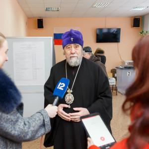 180318 014 Выборы президента РФ Омск митр. Владимир (Иким) IMG_7111