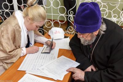 180318 027 Выборы президента РФ Омск митр. Владимир (Иким) IMG_7164