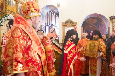 180412 063 Литургия Никольский монастырь Большекулачье митр. Владимир (Иким) IMG_3008
