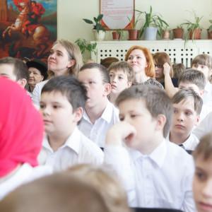 180413 048 Молебен концерт Славянская школа Омск митр. Владимир (Иким) IMG_3478