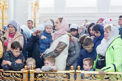 180513 024 Литургия Собор Успения Омск митр. Владимир (Иким) IMG_7570