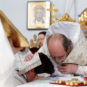 180517 033 Вознесение Господне Собор Успения Омск митр. Владимир (Иким) IMG_8893
