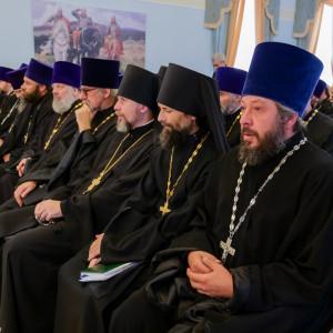 180904 012 Собрание Духовенства Семинария Омск митр. Владимир (Иким) P1199241