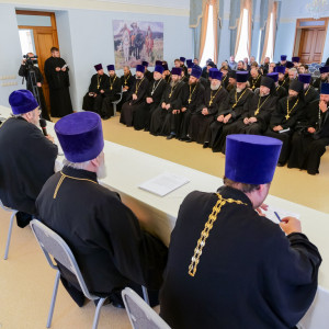 180904 013 Собрание Духовенства Семинария Омск митр. Владимир (Иким) P1199248