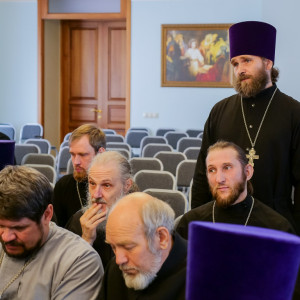 180904 015 Собрание Духовенства Семинария Омск митр. Владимир (Иким) P1199284