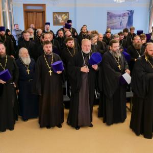 180904 030 Собрание Духовенства Семинария Омск митр. Владимир (Иким) P1199467