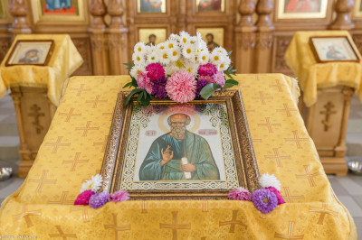 181009 002 Литургия Омская духовная семинария митр. Владимир (Иким) IMG_3534