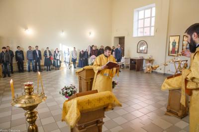 181009 005 Литургия Омская духовная семинария митр. Владимир (Иким) IMG_3546