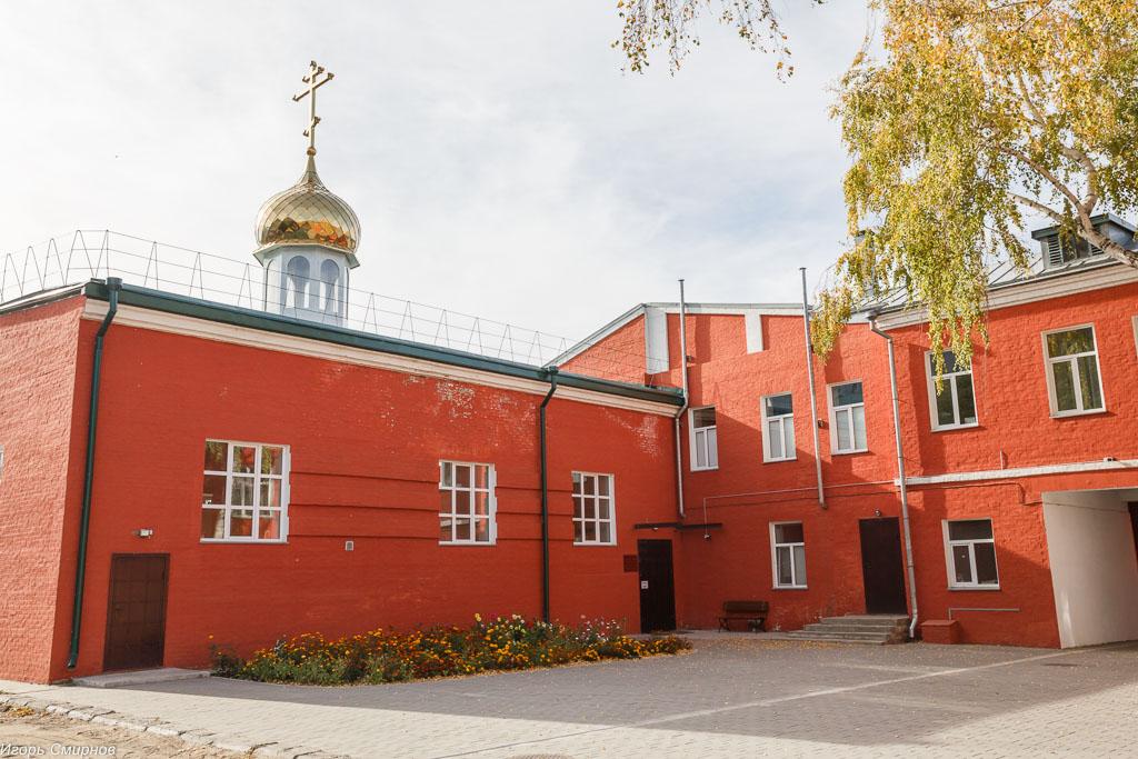 181009 039 Литургия Омская духовная семинария митр. Владимир (Иким) IMG_3687