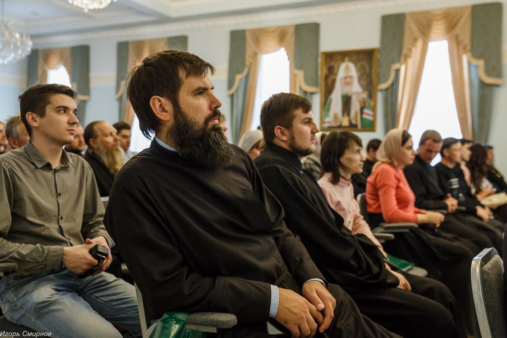 181009 204 Конференция Омская духовная семинария митр. Владимир (Иким) IMG_3701