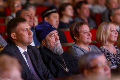 181104 250 День народного единства Омск митр. Владимир (Иким) IMG_0798