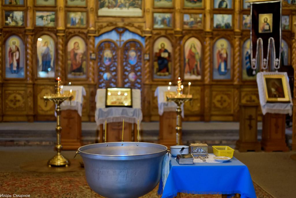 181105 050 Крещение в Николо-Игнатьевском храме Омск SIB_2631