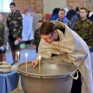181105 072 Крещение в Николо-Игнатьевском храме Омск SIB_2670