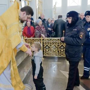 181118 232 День памяти жертв ДТП Собор Успения Омск P1233471