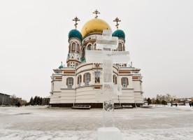 В праздник Крещения Господня глава Омской митрополии совершил Божественную литургию и чин великого освящения воды