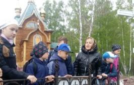 Учащиеся гимназии № 150 города Омска в Ачаирском монастыре