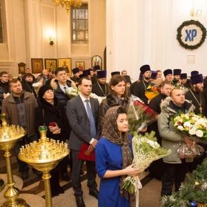 2020.01.09 вечерняя с поздравлениями в Успенском соборе-12