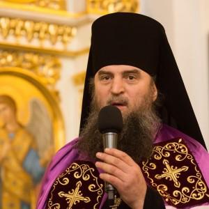 2020.01.09 вечерняя с поздравлениями в Успенском соборе-19