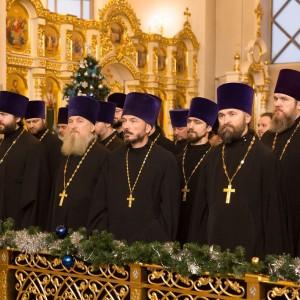 2020.01.09 вечерняя с поздравлениями в Успенском соборе-4