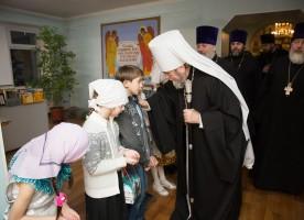 Митрополит Владимир совершил всенощное бдение в храме иконы Божией Матери «Знамение»