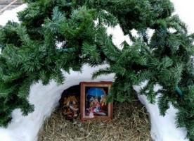 Воспитанники воскресной школы «Архангел» храма Архистратига Божьего Михаила выступили перед прихожанами храма с Рождественским концертом