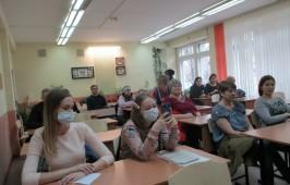 Родительское собрание по выбору модулей курса ОРКСЭ прошло в лицее №74 города Омска
