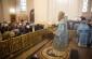 В канун праздника Покрова Божией Матери митрополит Владимир совершил Литургию в Успенском кафедральном соборе